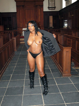 Curvy black babes with big tits in..